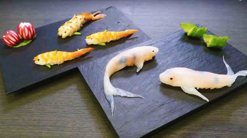Приготовление суши в виде плавающих карпов кои.